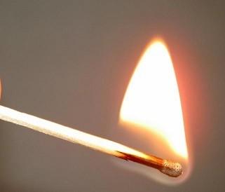 ГПСО г. Ясиноватая напоминает !!! Детская шалость с огнем – частая причина пожаров!!!