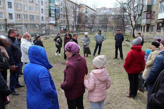 Сход граждан c жителями квартального комитета №9