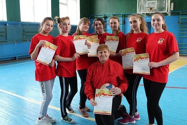 Городские соревнования поволейболу среди девушек 8-9 классов образовательных организаций города Ясиноватая