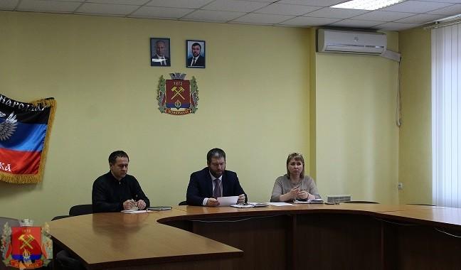 Встреча струдовым коллективомГОУ «Ясиноватский профессионально-строительный лицей»