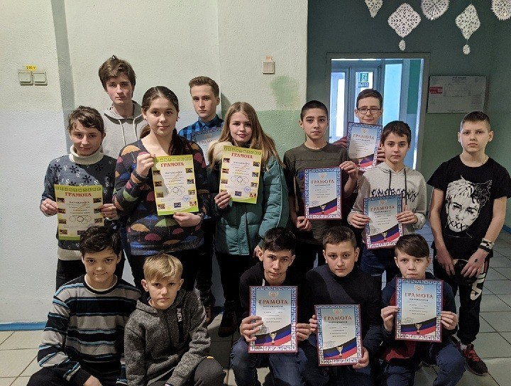 Соревнования по настольномутеннису среди школьников