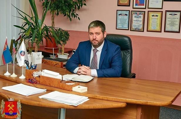 Поздравление главы администрации Д.С. Шевченко С Днем Донецкой Народной Республики