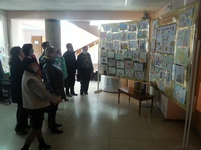 О заседании комиссии по проведению конкурса детского рисунка на тему: «Охрана труда глазами детей»