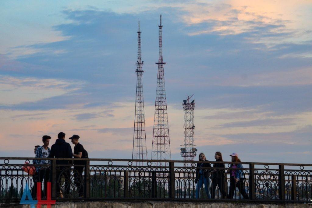 Министерство связи ДНР предупредило жителей о плановом отключении телерадиовещания с 3 по 6 июня