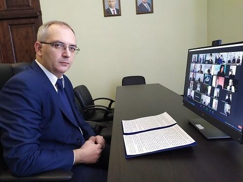Владимир Бидёвка принял участие в Международной конференции на тему перспектив выпускников образовательных учреждений
