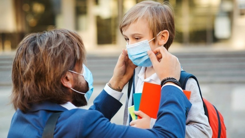О соблюдении санитарно-эпидемиологических рекомендаций школьниками и их родителями