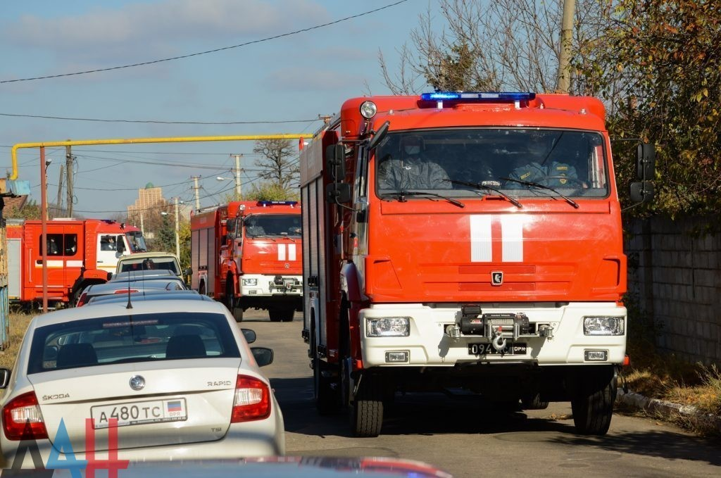 Четыре человека погибли, трое пострадали за неделю на пожарах в ДНР