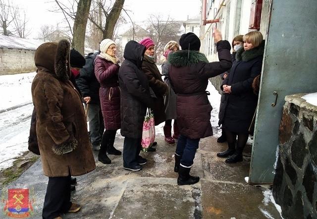 Сход граждан с жителями ул.Ленинградская г.Ясиноватая