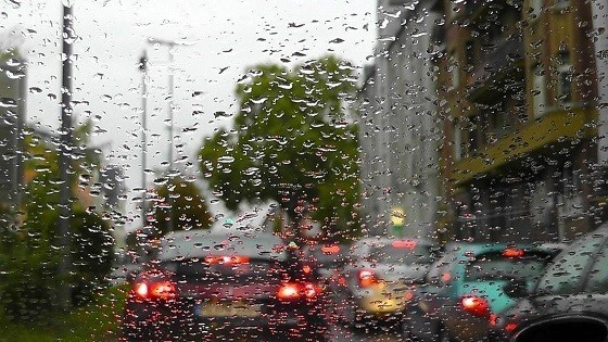 В ДНР на текущей неделе сохранится прохладная погода, вероятны дожди, туманы и порывистый ветер – МЧС