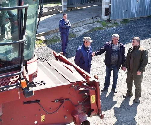 «Все в наших руках»: Денис Пушилин провел выездную встречу с сельхозпроизводителями