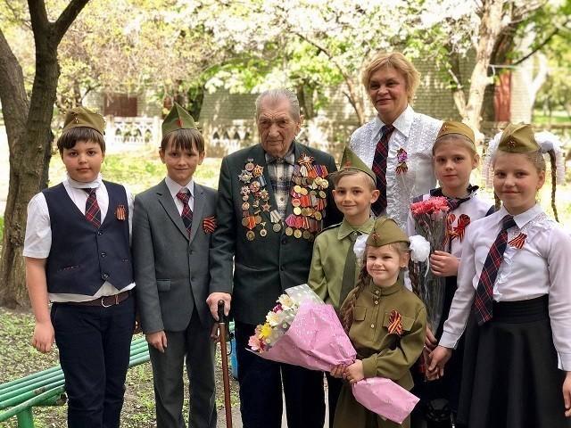 Поздравление по поручению Главы ДНР