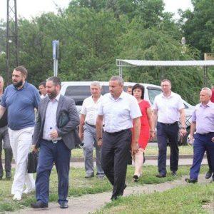 Главы городов ДНР учились на семинаре в Макеевке ремонтировать дороги