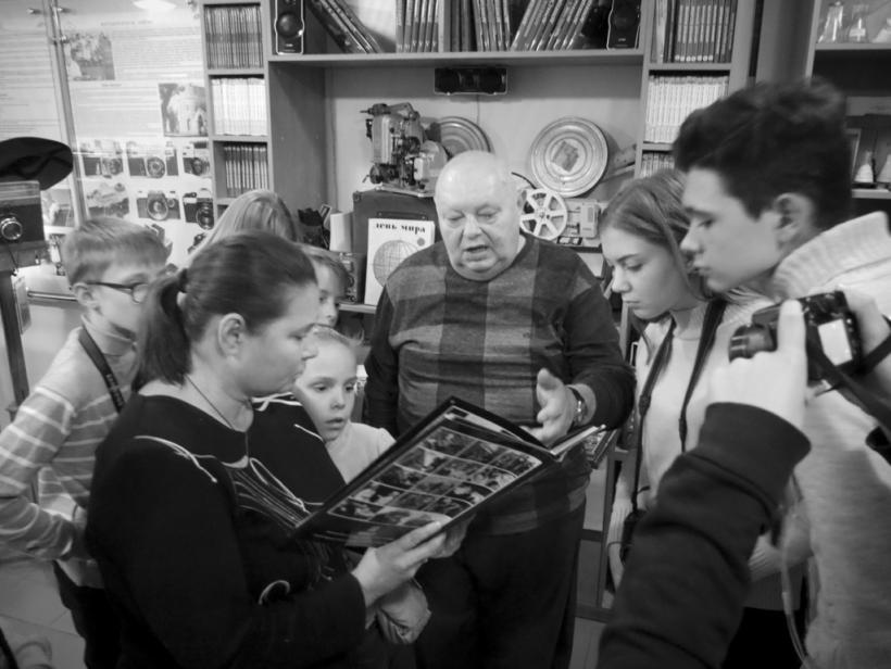 Народный музей: Донецкий музей фотожурналистики и фототехники