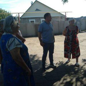 Сход граждан с жителями улицы Скрыпника