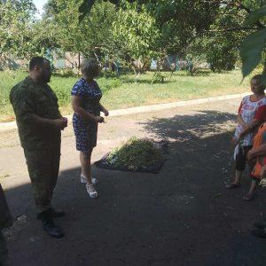 В п. Донецк Северный, ул. Привокзальная д.20 состоялся сход граждан