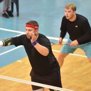 Денис Пушилин принял участие в Республиканском турнире по бадминтону