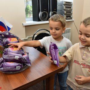 Жители ДНР за шесть лет усыновили более 380 детей-сирот